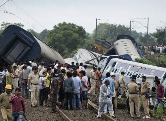 kamayani-train-derailment-l